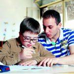 HRA: Podrška apelu za trajno zapošljavanje asistenata u nastavi za djecu sa posebnim potrebama